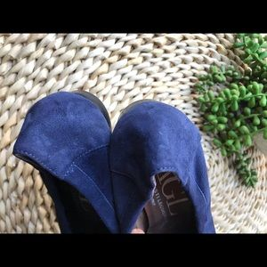 Agl Shoes - AGL🍂Navy Suede flats size 36.5